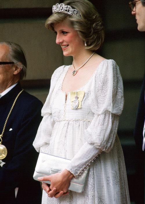 Princess Diana, Pregnant With Her Second Baby, Wearing A Maternity Dress With The Spencer Family Tiara, Royal Family Orders And A Diamond Necklace In The Shape Of The Prince Of Wales Feathers, For An Event At The Royal Academy (Photo by Tim Graham/Getty Images)