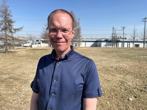 Saskatoon man Kevin Robinson has been trying for three months to get officials to correct his electronic health record. A drug overdose was mistakenly attributed to him, and he worries it could affect his future care. He has Crohn's Disease. (Matthew Garand/CBC - image credit)