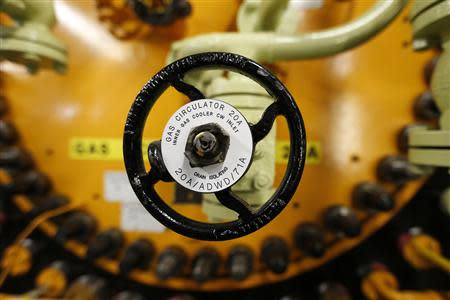 A section of a gas circulator is seen in the turbine hall inside EDF Energy's Hinkley Point B nuclear power station in Bridgwater, southwest England December 13, 2012. REUTERS/Suzanne Plunkett
