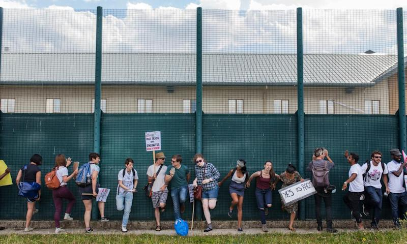 A demonstration at Yarl's Wood immigration removal centre