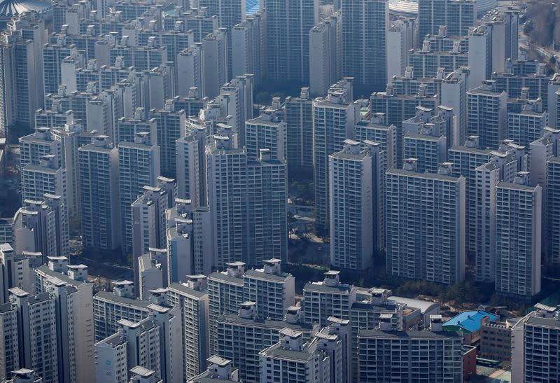 In South Korea, no more Gangnam style for some as top officials sell apartments amid property price furore