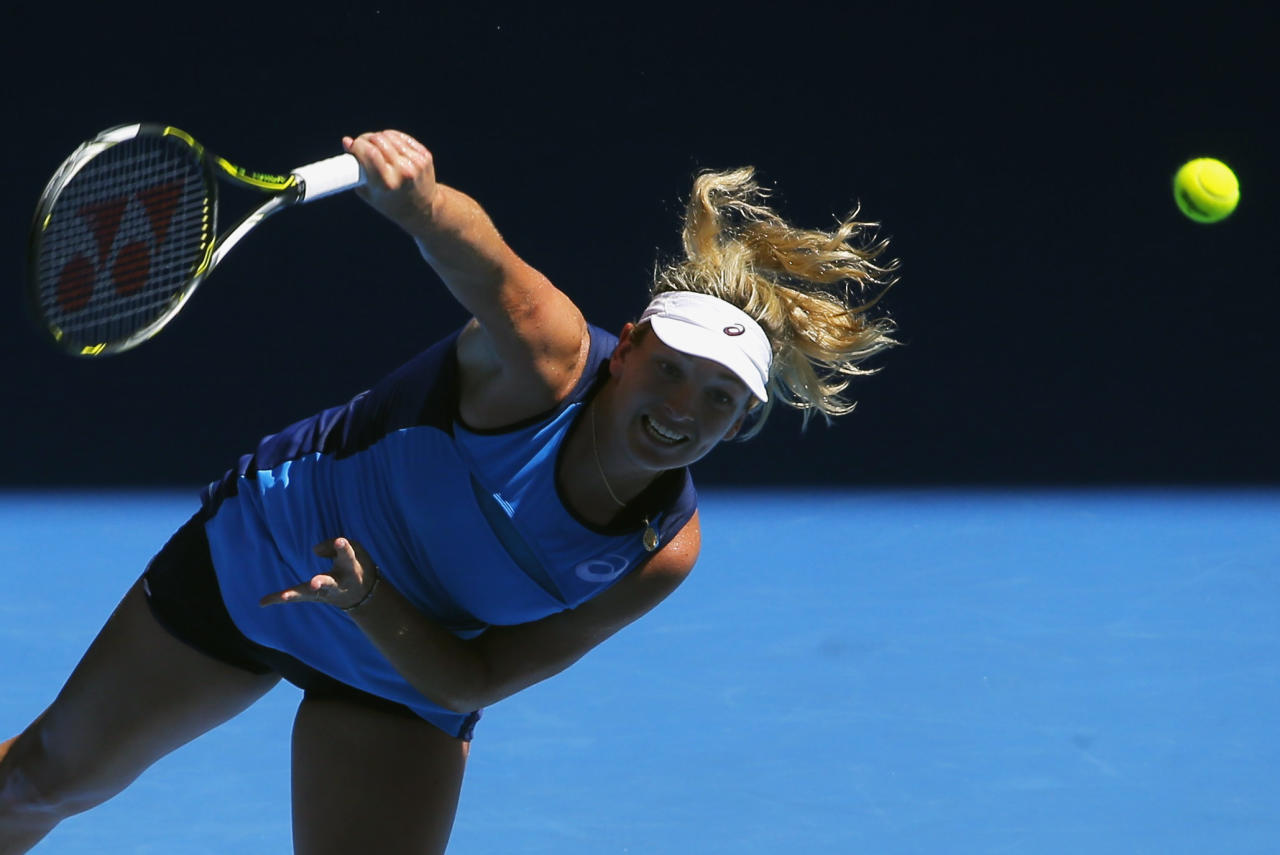 Tennis - Australian Open - Melbourne Park, Melbourne, Australia - 16/1/17 Coco Vandeweghe of the U.S. serves during the Women's singles first round match against Italy's Roberta Vinci.REUTERS/Issei Kato