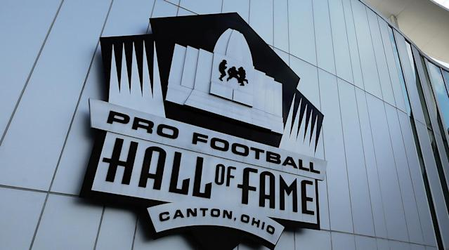 "<p>The Baltimore Ravens and Chicago Bears will meet in the Hall of Fame Game, the Pro Football Hall of Fame <a href=""http://www.profootballhof.com/baltimore-ravens-and-chicago-bears-to-play-in-2018-hall-of-fame-game/"" rel=""nofollow noopener"" target=""_blank"" data-ylk=""slk:announced"" class=""link rapid-noclick-resp"">announced</a>.</p><p>The game will take place on Aug. 2, with kickoff slated for 8 p.m. at Tom Benson Hall of Fame Stadium in Canton, Ohio.</p><p>Chicago is making its fifth appearance in the Hall of Fame Game, while Baltimore will be making its debut.</p><p>The game will start a weekend of activities, culminating with the induction of the newest members of the Pro Football Hall of Fame on Aug. 4.</p><p>Former Ravens linebacker Ray Lewis and Bears linebacker Brian Urlacher will be enshrined, along with Randy Moss, Terrell Ownes, Brian Dawkins, Jerry Kramer, Bobby Beathard, and Robert Brazile.</p>"