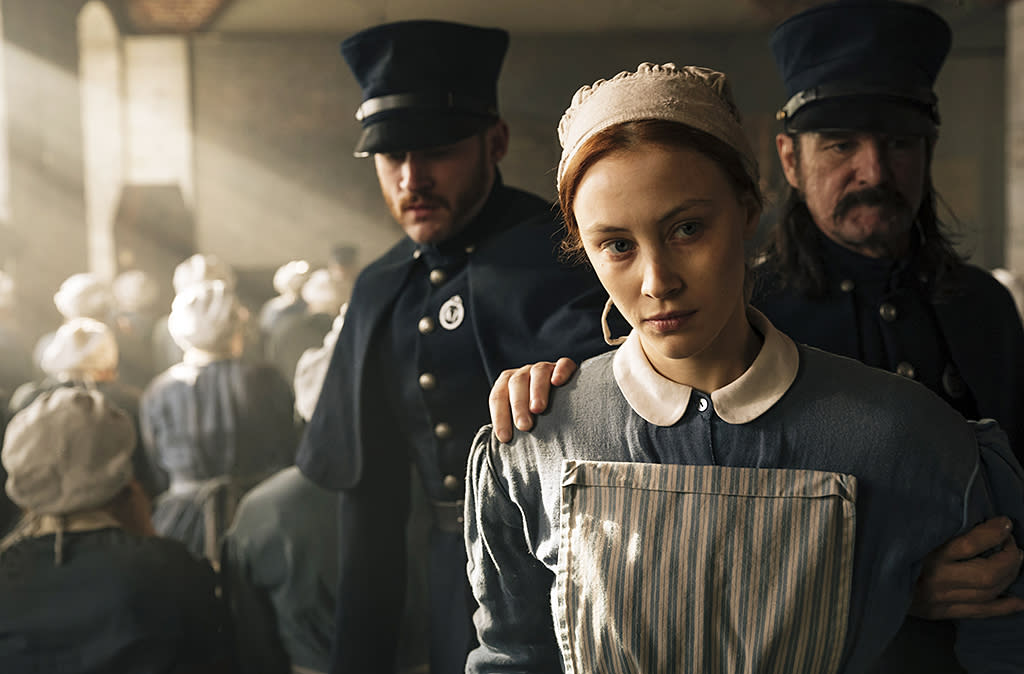 <p>Sarah Gadon as Grace Marks in Netflix's <i>Alias Grace</i>.<br /><br />(Photo: Jan Thijs/Netflix) </p>