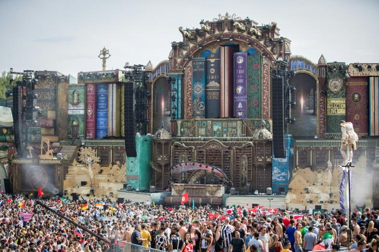 The Tomorrowland festival attracts 40,000 people for two weekends of electronic dance music (AFP Photo/DAVID PINTENS)