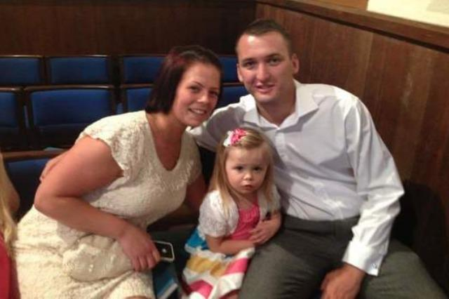 Family crowdfunding for a wedding