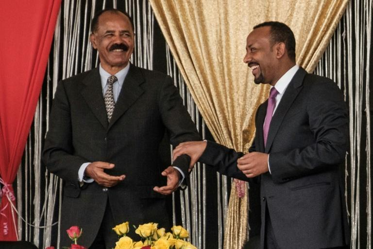 Eritrea's President Isaias Afwerki (L) and Ethiopia's Prime Minister Abiy Ahmed had made efforts to improve relations between the once-rival nations (AFP Photo/EDUARDO SOTERAS)