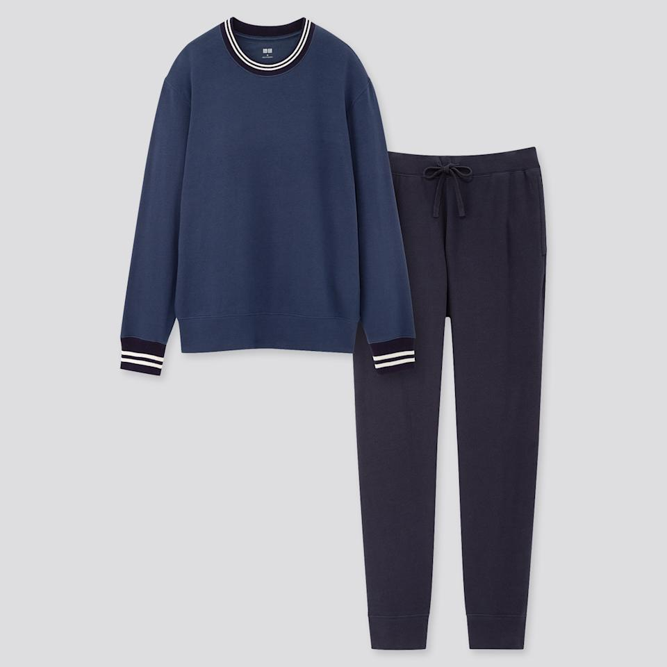 """<p><strong>Uniqlo</strong></p><p>uniqlo.com</p><p><strong>$29.90</strong></p><p><a href=""""https://go.redirectingat.com?id=74968X1596630&url=https%3A%2F%2Fwww.uniqlo.com%2Fus%2Fen%2Fmen-ultra-stretch-long-sleeve-sweat-set-online-exclusive-425212.html&sref=https%3A%2F%2Fwww.esquire.com%2Fstyle%2Fmens-fashion%2Fg3525%2Fcomfortable-pajamas-sleeping-mens%2F"""" target=""""_blank"""">Buy</a></p><p>If you're still easing yourself into the idea of wearing a full button-down set, try Uniqlo's take on the style.</p>"""