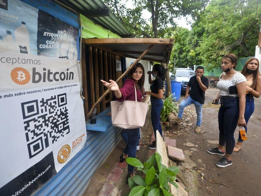 A local business in El Salvador that accepts bitcoin payments.