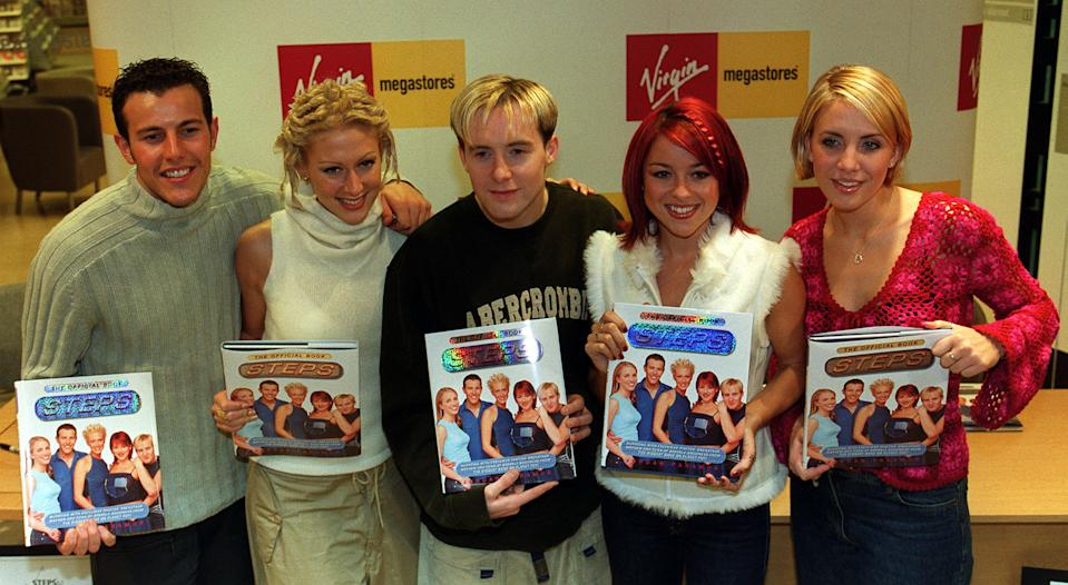 L-R: Lee Latchford-Evans, Faye Tozer, Ian Watkins (aka H), Lisa Scott-Lee and Claire Richards, of the pop group 'Steps' at Virgin Mega Store in central London, to sign copies of  'Steps the Official Book'.   (Photo by Peter Jordan - PA Images/PA Images via Getty Images)
