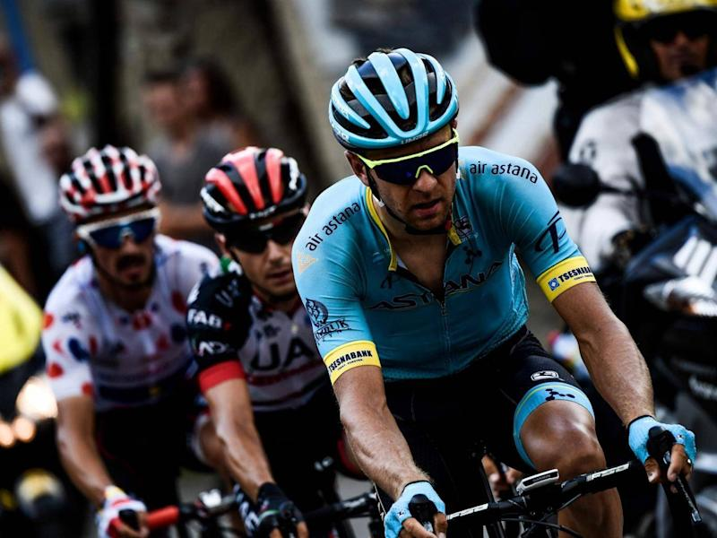 Tanel Kangert rides during a breakaway in the first pass of the 17th stage (AFP/Getty Images)