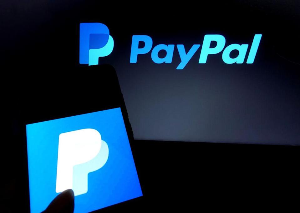 KOLKATA, INDIA - 2019/06/30: In this photo illustration a famous online transfer application Paypal logo seen displayed on a smartphone. (Photo Illustration by Avishek Das/SOPA Images/LightRocket via Getty Images)