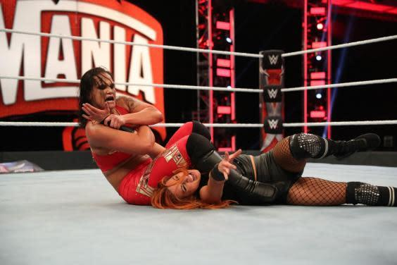 Becky Lynch was able to pin Shayne Baszler by using her own submission against her (WWE)