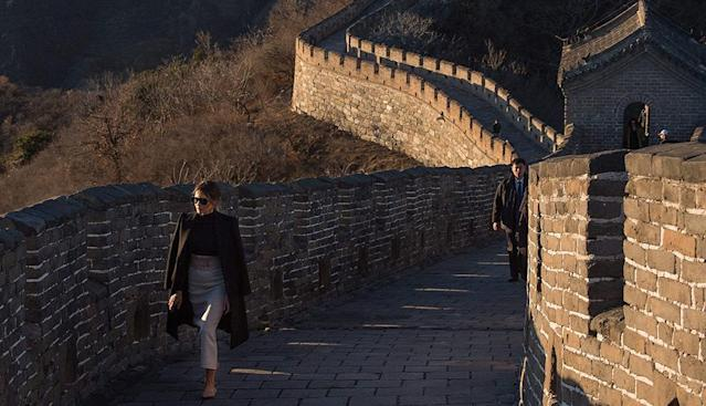 Melania Trump walks on the Great Wall of China. (Photo: Nicolas Asfouri/AFP/Getty Images)