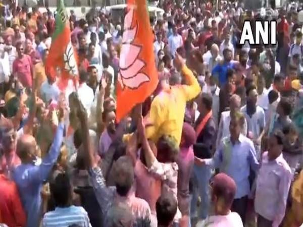 BJP celebrates as party lead in Gandhinagar local body elections (Photo/ANI)