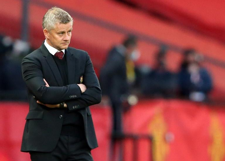 Shaw admits Man Utd 'gave up' in Spurs 'embarrassment'