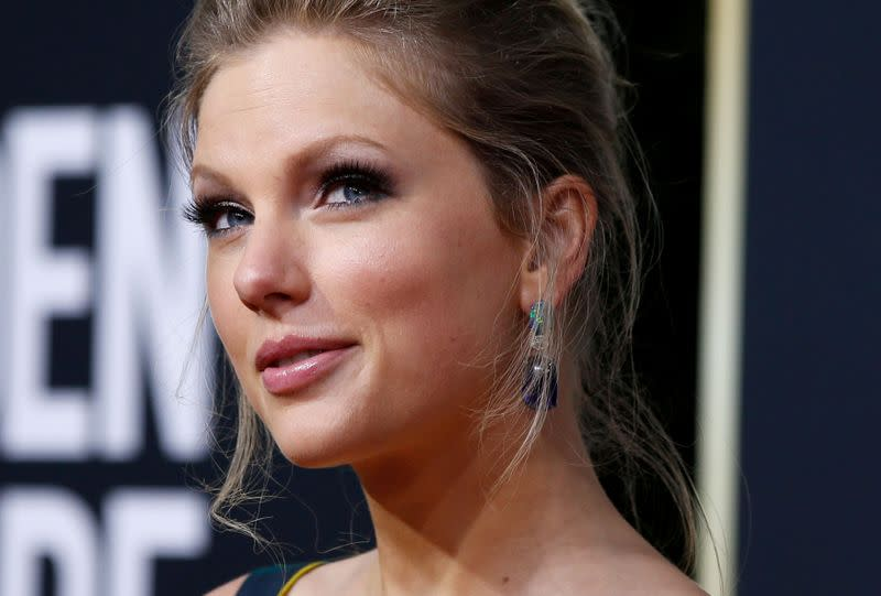 Taylor Swift changes it up with 'Folklore' and earns rave reviews