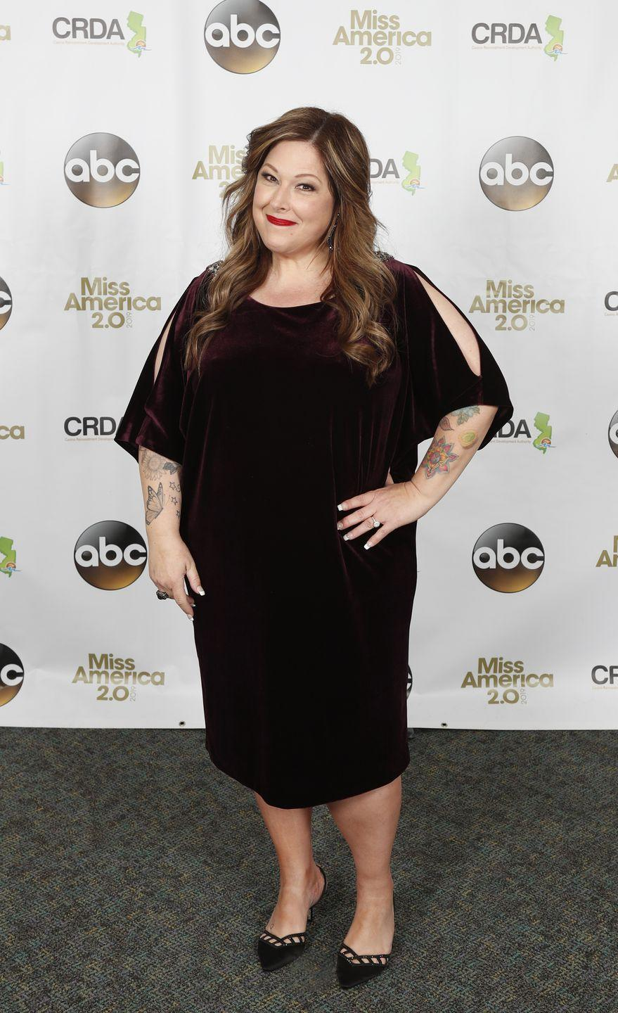 """<p>Carnie opted for a second go around in 2012, but this time she chose lap band surgery. Just months after the procedure, the singer told <em><a href=""""https://people.com/bodies/carnie-wilson-has-weight-loss-surgery-again/"""" rel=""""nofollow noopener"""" target=""""_blank"""" data-ylk=""""slk:People"""" class=""""link rapid-noclick-resp"""">People</a></em> that she had lost 30 pounds: """"It was the right decision for me and I'm doing really well so far. It's all about taking good care of myself.""""</p>"""