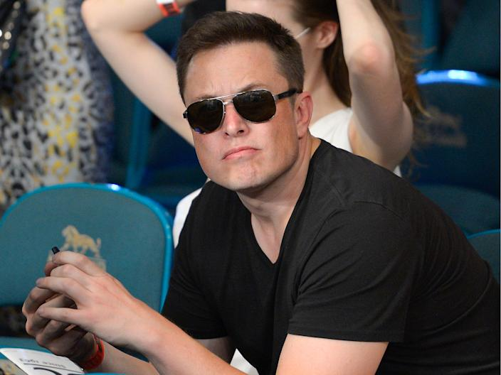 elon musk at las vegas boxing match