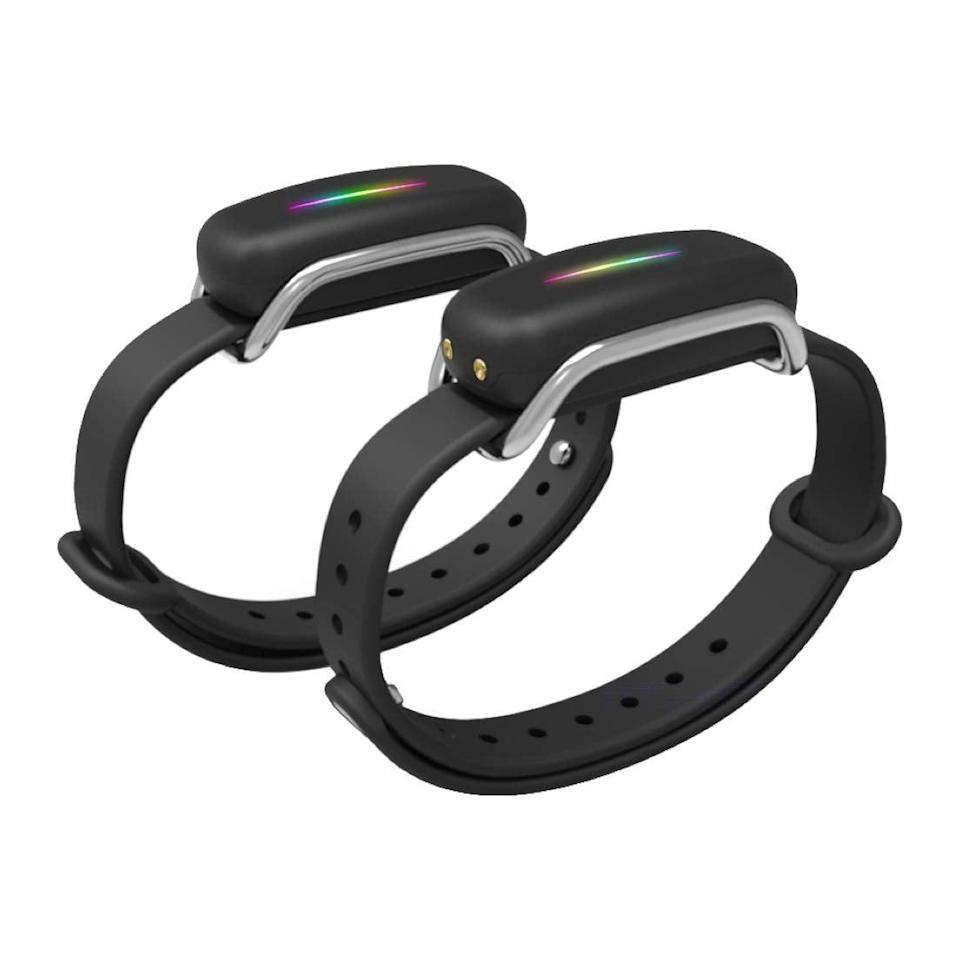<p>Friends and significant others that live far away will totally appreciate these <span>Bond Touch Bracelets</span> ($98).</p>