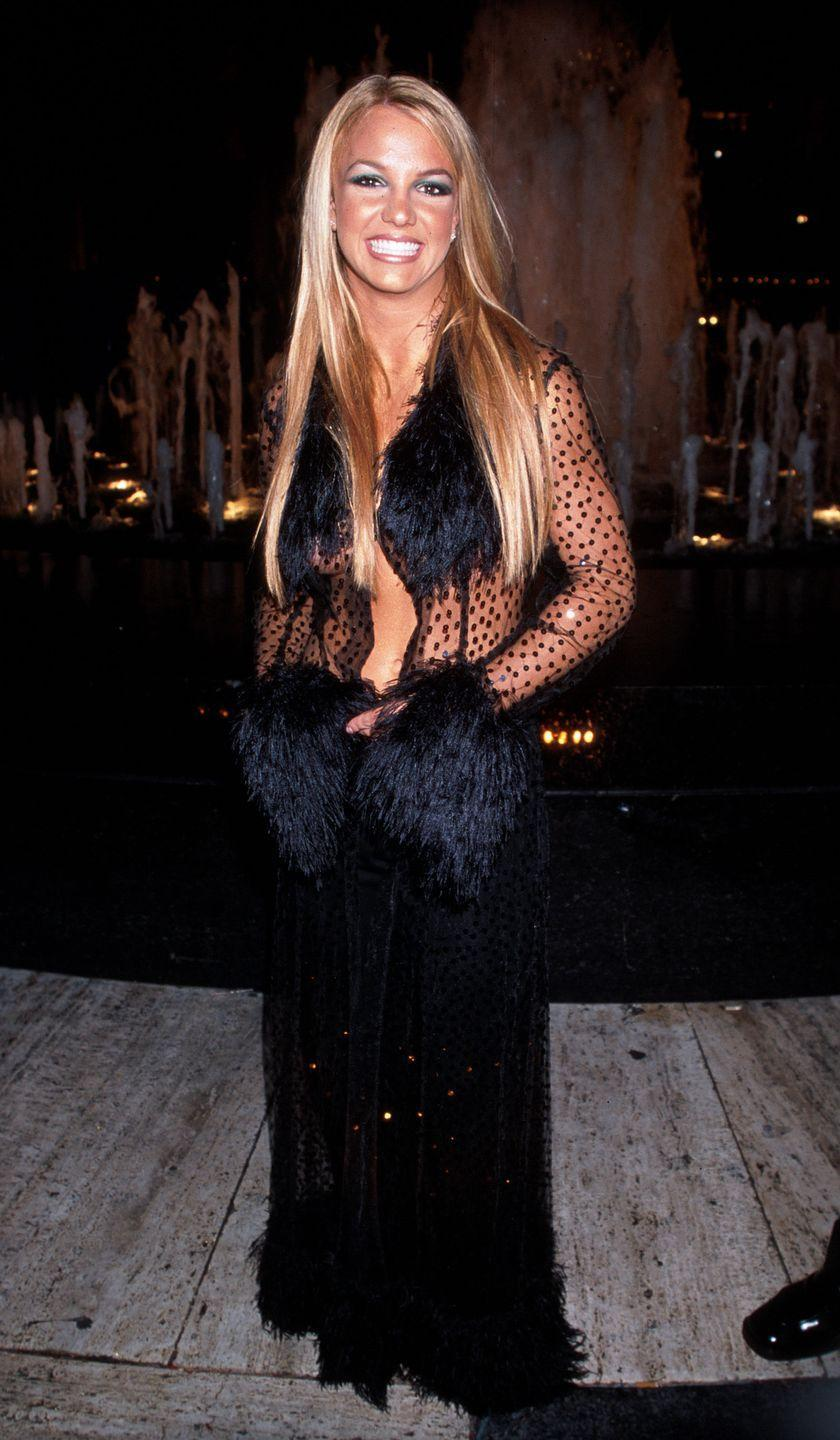 <p>Britney Spears wows in a sheer shirt at the 1999 MTV Video Music Awards.</p>