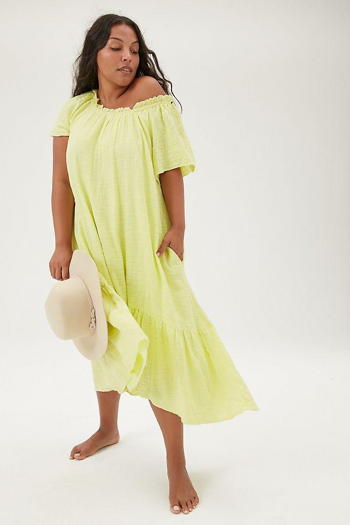 """<br><br><strong>Maeve Anthropologie</strong> Selah High-Low Maxi Dress, $, available at <a href=""""https://go.skimresources.com/?id=30283X879131&url=https%3A%2F%2Fwww.anthropologie.com%2Fshop%2Fselah-high-low-maxi-dress2"""" rel=""""nofollow noopener"""" target=""""_blank"""" data-ylk=""""slk:Anthropologie"""" class=""""link rapid-noclick-resp"""">Anthropologie</a>"""