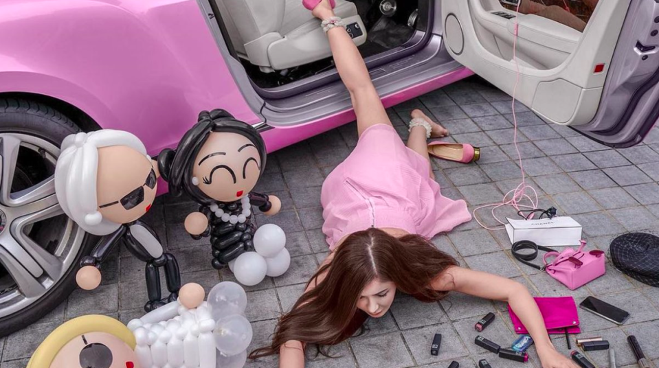 The flaunt your wealth challenge is going viral on Chinese media [Photo: Instagram/ec24m]