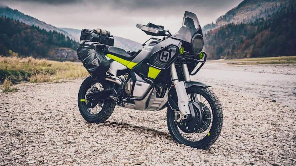 Husqvarna Norden 901 spotted testing; design and key features revealed