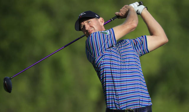 Vaughn Taylor and Brendon Todd lead the Mayakoba Golf Classic ahead of a Monday finish.
