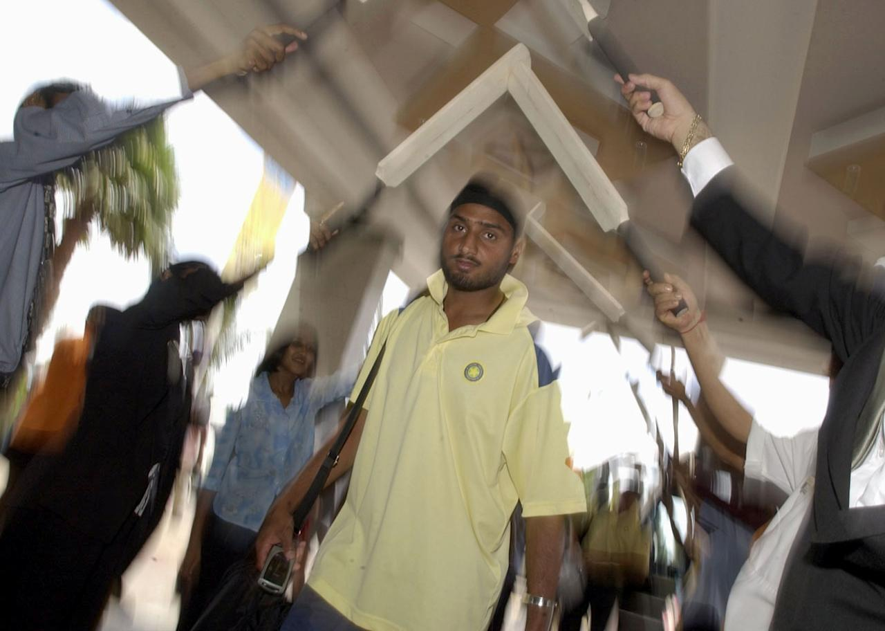 DURBAN - FEBRUARY 24:  Harbhajan Singh of India arrives at Holiday Inn hotel, North Beach, Durban, South Africa on February 24, 2003. (Photo by Shaun Botterill/Getty Images)
