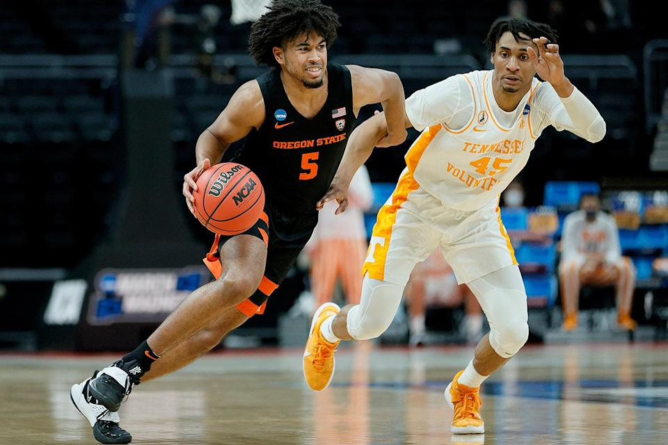 """<p>Underdog Oregon State University beat fifth seed University of Tennessee 70-56 in their opening game in the NCAA Tournament. The Beavers came in as the No. 12 seed and became the 51st 12th seed to take down a fifth seed since the NCAA Tournament bracket expanded in 1985, according to <a href=""""https://www.espn.com/mens-college-basketball/recap?gameId=401310902"""" rel=""""nofollow noopener"""" target=""""_blank"""" data-ylk=""""slk:ESPN"""" class=""""link rapid-noclick-resp"""">ESPN</a>.</p> <p>""""We know there was some doubt and we had to ignore all that,"""" Oregon State coach Wayne Tinkle said. """"We never threw in the towel, we never doubted ourselves, we just do what we do.""""</p>"""