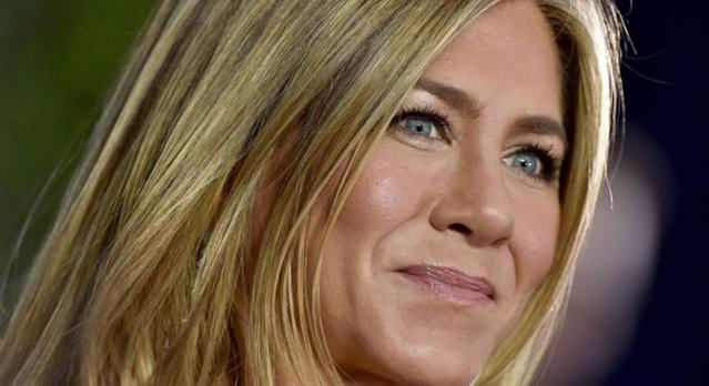 Jennifer Aniston reveals her go-to skincare is Aveeno's Daily Moisturiser (Getty Images)