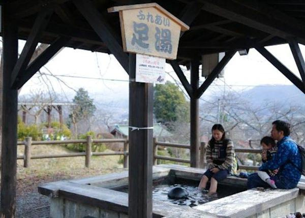 ▲ From here you can get a good view of the Zao mountain range as well as that of the castle.