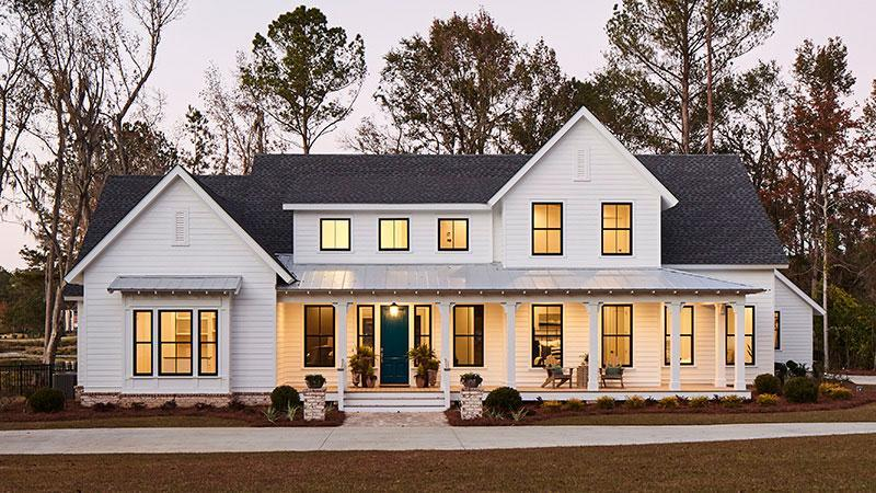 """<p><a href=""""https://houseplans.southernliving.com/plans/SL1979"""" rel=""""nofollow noopener"""" target=""""_blank"""" data-ylk=""""slk:SL-1979"""" class=""""link rapid-noclick-resp"""">SL-1979</a></p> <p>With a floor plan this open, it can be difficult to picture just how it all comes together. Take a stroll through these interior photos to see clearly defined spaces that center on the joy of gathering together.</p>"""