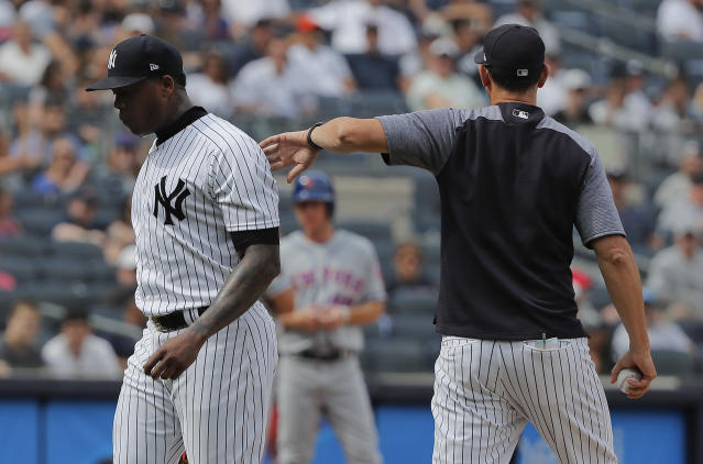 Aroldis Chapman left Saturday's game against the Mets to a serenade of jeers from the Yankees home crowd after failing to record a ninth-inning out. (AP)