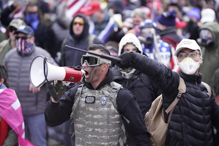 The FBI's suspect No. 275 — identified as Sam Lazar by Lancaster Online and online sleuths — is pictured at the Jan. 6 insurrection at the U.S. Capitol. (Photo: Kent Nishimura/Los Angeles Times/Shutterstock)
