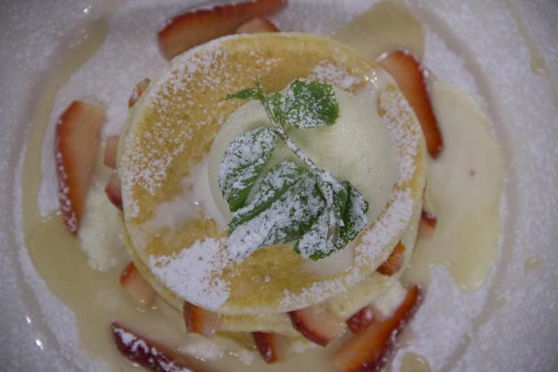 Bangkok Cafes fill in the blank pancakes