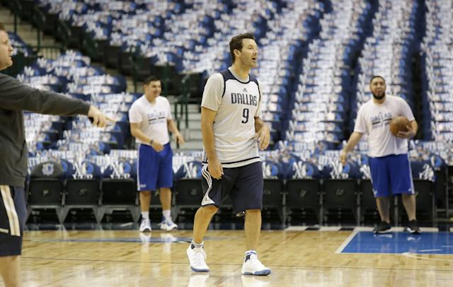 Tony Romo's sendoff, in essence, will be in a layup line with the Dallas Mavericks, not in a newsconference with the Dallas Cowboys. (AP)