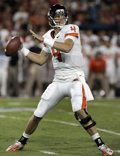 Oregon State quarterback Sean Mannion passes against Arizona during the first half of an NCAA college football game at Arizona Stadium in Tucson, Ariz., Saturday, Sept. 29, 2012. (AP Photo/John Miller)
