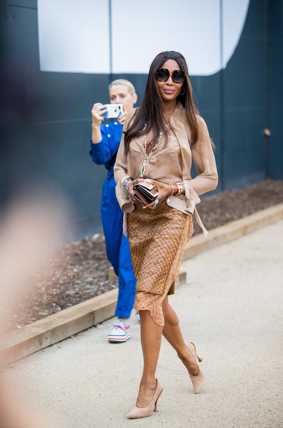 Naomi Campbell arriving at Burberry's SS20 show. [Photo: Getty Images]