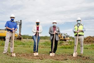 From Left to Right:  George Arnett, Jill Evanko, Ray Davidson and Travis Hogue. (Photo by Carrie Allen)