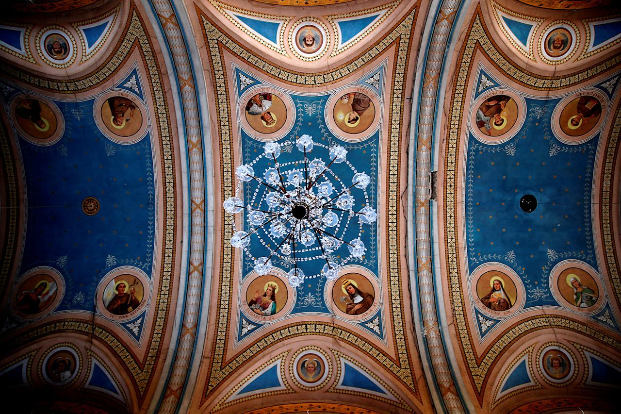 """<p>A chandelier hangs from the ceiling at Kraljeva Sutjeska Franciscan monastery in Kraljeva Sutjeska, Bosnia and Herzegovina, July 22, 2017. Kraljeva Sutjeska Franciscan monastery dates to 1385. """"Bosnia can only survive as a multi-ethnic state, no matter how much politicians try to convince us that this is not possible,"""" Friar Zeljko Brkic said. (Photo: Dado Ruvic/Reuters) </p>"""