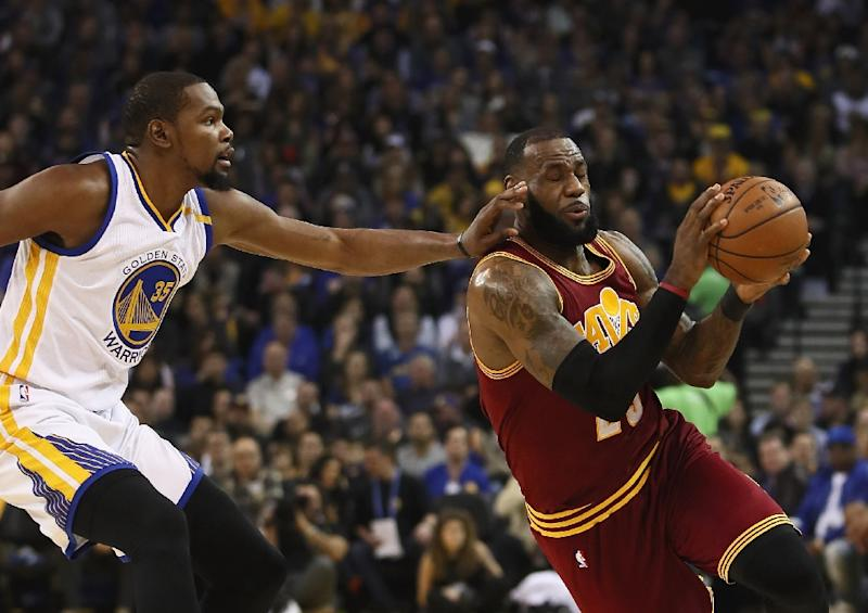 2ac5fe1f1d03 LeBron James (right) of the Cleveland Cavaliers will go head to head  against Kevin
