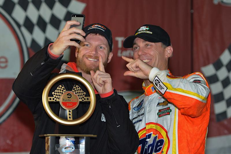 Earnhardt says he respects Harvick, calls his comments hurtful