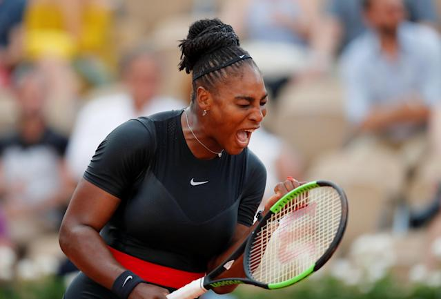 Tennis - French Open - Roland Garros, Paris, France - June 2, 2018 Serena Williams of the U.S. reacts during her third round match against Germany's Julia Goerges REUTERS/Gonzalo Fuentes