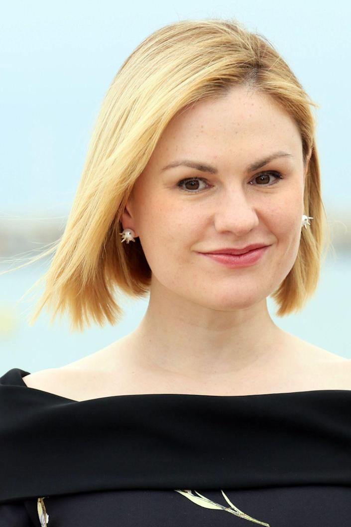 <p>Anna goes back and forth between almost-black hair and shades of blonde, depending on her roles and moods.</p>