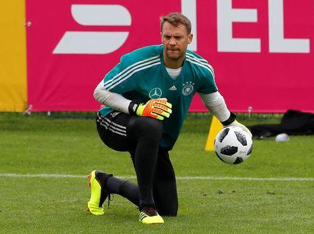 Soccer Football - FIFA World Cup - Germany Training - Eppan, Italy - May 24, 2018 Germany's Manuel Neuer during training REUTERS/Leonhard Foeger