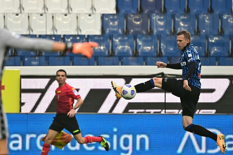 Atalanta midfielder Josip Ilicic scored his first league goal this season and set up two others against Roma