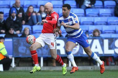 Football Soccer - Reading v Walsall - FA Cup Fourth Round - Madejski Stadium - 30/1/16 Walsall's James O'Connor in action with Reading's Hal Robson Kanu Mandatory Credit: Action Images / Paul Redding Livepic