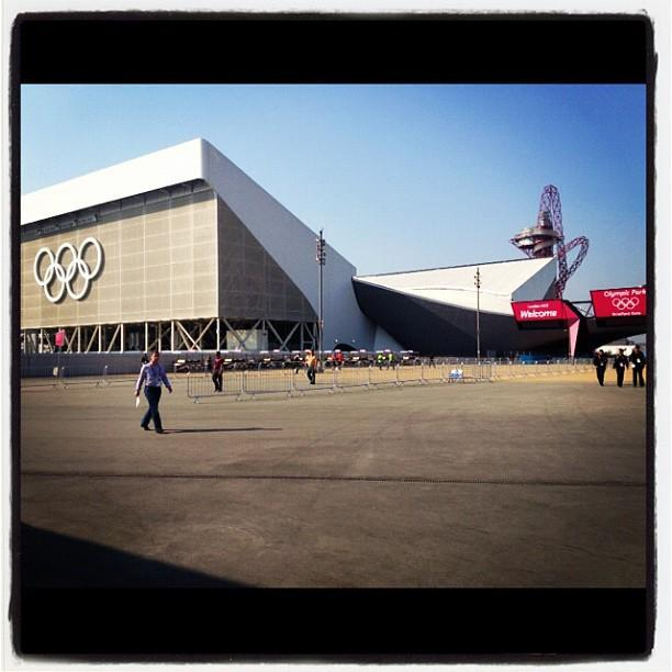 Check out the shiny new #Olympic aquatics venue!